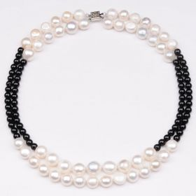 Two-row 8-9 mm White Button Freshwater Pearls Black Round Beads Necklace