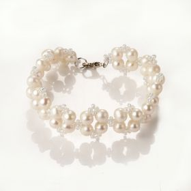 Fancy Handmade Pearl and Glass Beads Charms Bracelet for Women Girls Lovers Gift